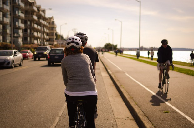 biking alki beach